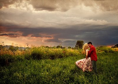 love,beautiful,couple,kiss,sunset,man-054c66279d0bdc6414ca5037cecf8948_h