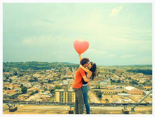 couple,creative,heart,hug,kiss,love-877a4ce2c3517e015b4e9171ee9ca6c7_h